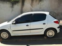 Carro Peugeot - 2001