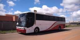 Ônibus rodoviário Vista Buss O400