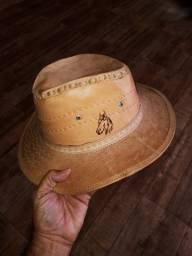 Chapéu em couro