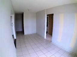 Alugo Apartamento 03 quartos - Condomínio clube La Vita