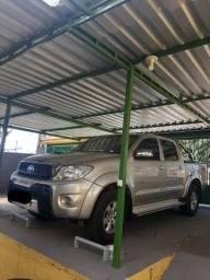 Toyota Hilux 3.0 Srv Cab. Dupla 4x4 Aut. 4p<br><br>(Parcelado)
