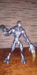 Boneco alien max steel