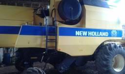 Colheitadeira New Holland TC 5070 completa plataforma 20 pés, único dono
