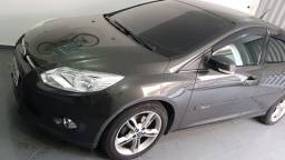 Ford Focus Se Plus 2014