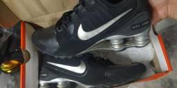 Nike shox tamanho 39