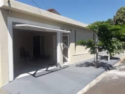 Casa em Osvaldo Cruz 3 quartos