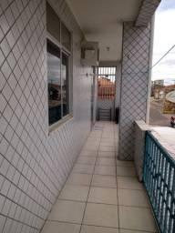 Aluga-se Apto 2 quartos (1 suite) 1 garagem em Castanhal prox. praça Estrela *)
