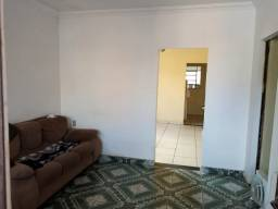 Casa à venda, Chacaras Reunidas Santa Terezinha, Contagem.