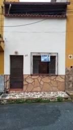 Título do anúncio: Casa no centro vendo ou troca
