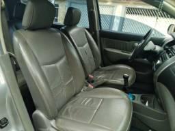 Título do anúncio: Nissan Livina cor prata 1.6S 2010/2011