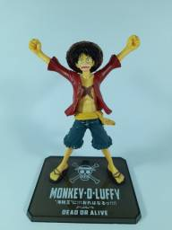 6 Figures Action. One Piece e Bleach- Usado