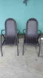 Cadeira infantil 80.00 cada em junco sintético