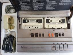 Antiguidades *Secretária eletrônica **Filmadora M1000