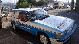 Caravan ambulância