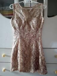 Vendo lote de vestido semi novos tem até na etiqueta