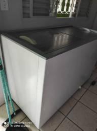 Freezer estado de novo 220v
