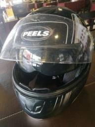 Barbada capacete sportivo