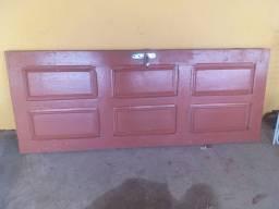 Porta com fechadura sem cartilho