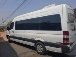 Título do anúncio: Vendo ou Troco Van Sprinter 415 CDI 19 lugares 18/19