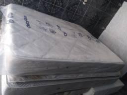 Título do anúncio: Colchão Queen molas bonnel seminovo SO O COLCHÃO 350,00