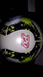 Bola de futebol campo oficial !