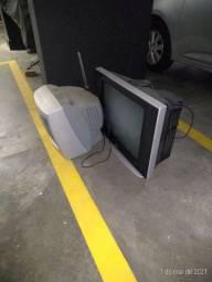 Duas TV de 14 e 20