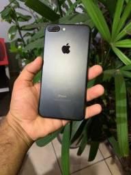 iPhone 7 plus impecável (parcelamos no cartão e aceitamos usados)