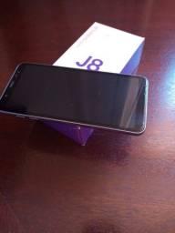 Smartphone Samsung Galaxy J8 64GB na caixa, com nota fiscal.