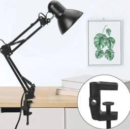 Luminaria Mesa Articulada Garra Escritorio 2 Em 1articulavel