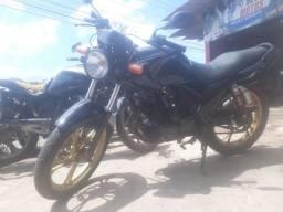 Vendo moto Dafra/150