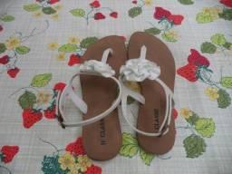 Título do anúncio: Sandália de verão - branca - 34/35 - Somente wats