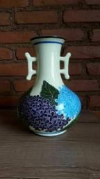 Vaso de Porcelana - Orquídeas da Serra.