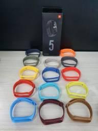 Miband 5 + 1 pelicula + 1 pulseira extra