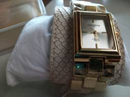 Relógio Mondaine Feminino. Em Recife. R$ 60,00.