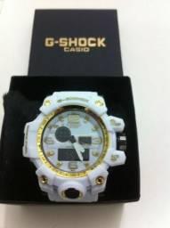 f62acc5ca12 Relógios G-Shock - temos mais modelo difentes -027 997870690