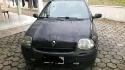 Clio 2001