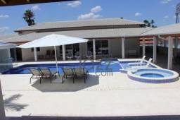 Maravilhosa Chácara de 3.000m2 com 4 suites à venda por R$ 3.180.000 - Vale das Laranjeira