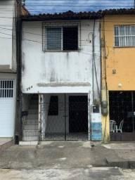 Casa para alugar, 57 m² por R$ 440,00/mês - Aerolândia - Fortaleza/CE