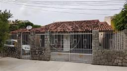 Casa à venda com 3 dormitórios em Itaipu, Niterói cod:851593