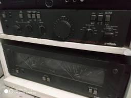 Vendo um H2 Gradiente eum Pré amplificador P2