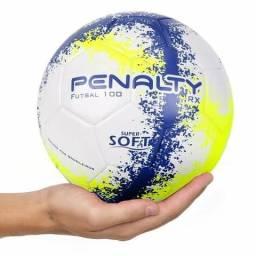 Bolas de futebol novas da marca penalty