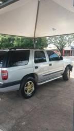 Blazer 05 vendo ou troco por ágio de caminhonete - 2005