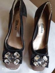 Sapato Dakota num 36 em pedraria e camurça