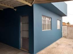Duas casas boas em terreno de 336 m² em Arandu-SP