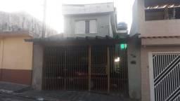 Casa 4 cômodos  com 1 vaga - Vila Barros