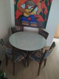 Mesa madeira Tampo de vidro 4 cadeiras