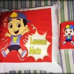 Almofada personalizada e caneca plástica infantil Luccas Neto