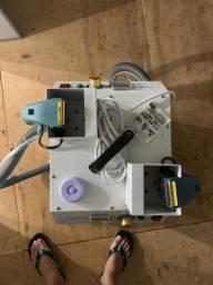 Máquina de arrematar fios e linhas