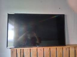 Tv smart lg 43 com tela quebrda