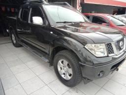 Nissan Frontier LE 4x4 2.5 16V TB Diesel (cab. dupla) (aut) 2012